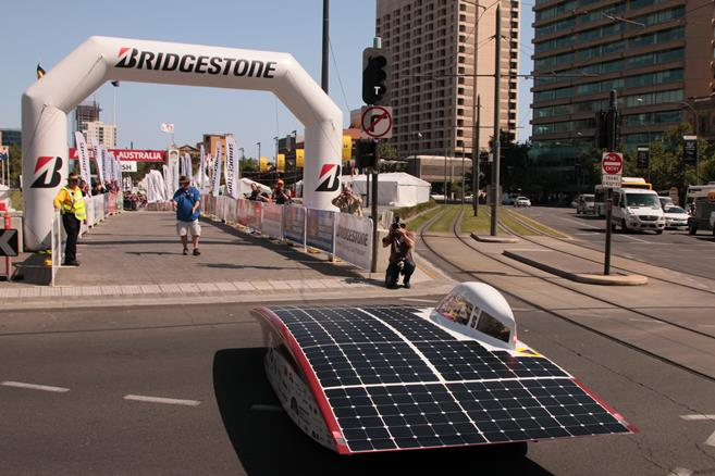 Stanford Solar Car Team Finishes 6th at World Solar Challenge